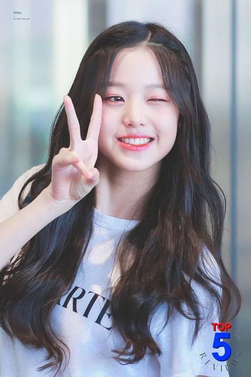 Tóc nữ đẹp dài Hàn Quốc
