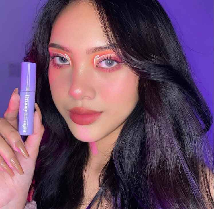 Cô nàng makeup artist Blingbabi Thư Trần là một fan cứng của các thỏi Merzy